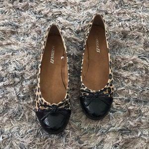 New cute Leopard Flats
